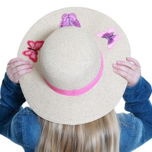 Xccessores kids fashion accessories design of hats, gloves and scarves